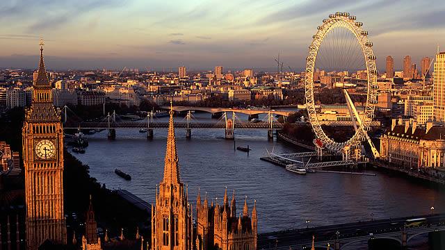 伦敦仍然是世界领先的高等教育中心